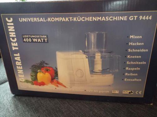 Ich biete eine Universal Kompakt-Küchenmaschine, die maximal 3 x