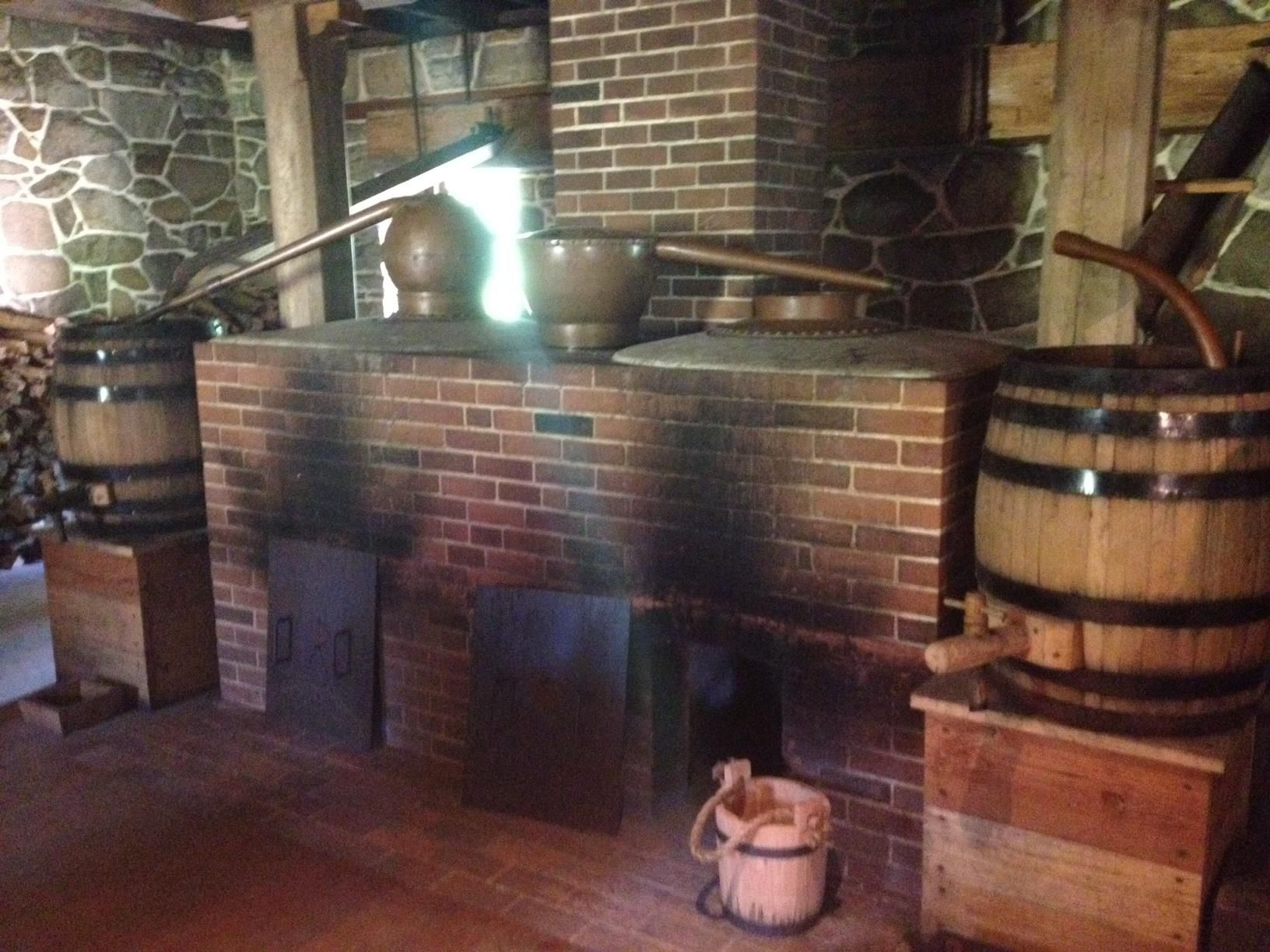 george washington was making moonshine using a rye corn malted