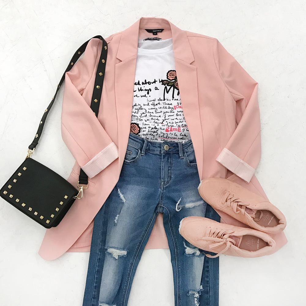 "Gefällt 16.7 Tsd. Mal, 25 Kommentare - TALLY WEiJL Official (@tally_weijl) auf Instagram: ""Fixing a dark Monday's mood by wearing pink! 💗 #TALLYWEiJL #ootd #pink #fashion #outfit"""