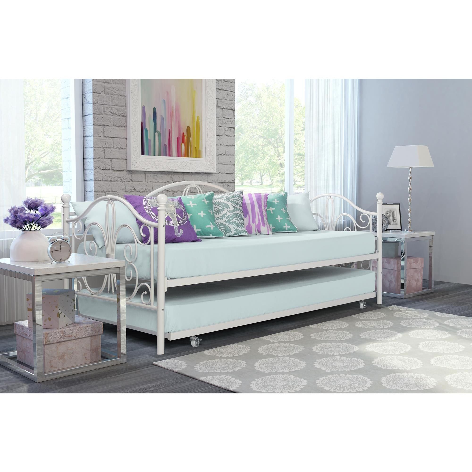 Avenue Greene Bradley Metal Daybed and Trundle (Twin daybed and ...