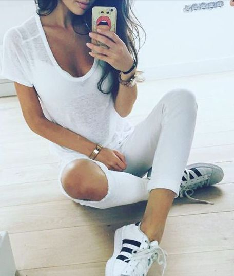 finest selection 6e4ac 08482 White Rave Outfits. Adidas Shoes. Fashion Suits. all white + adidas  originals Adidas Tumblr Wallpaper, Adidas Outfit, Adidas Sneakers, Updo