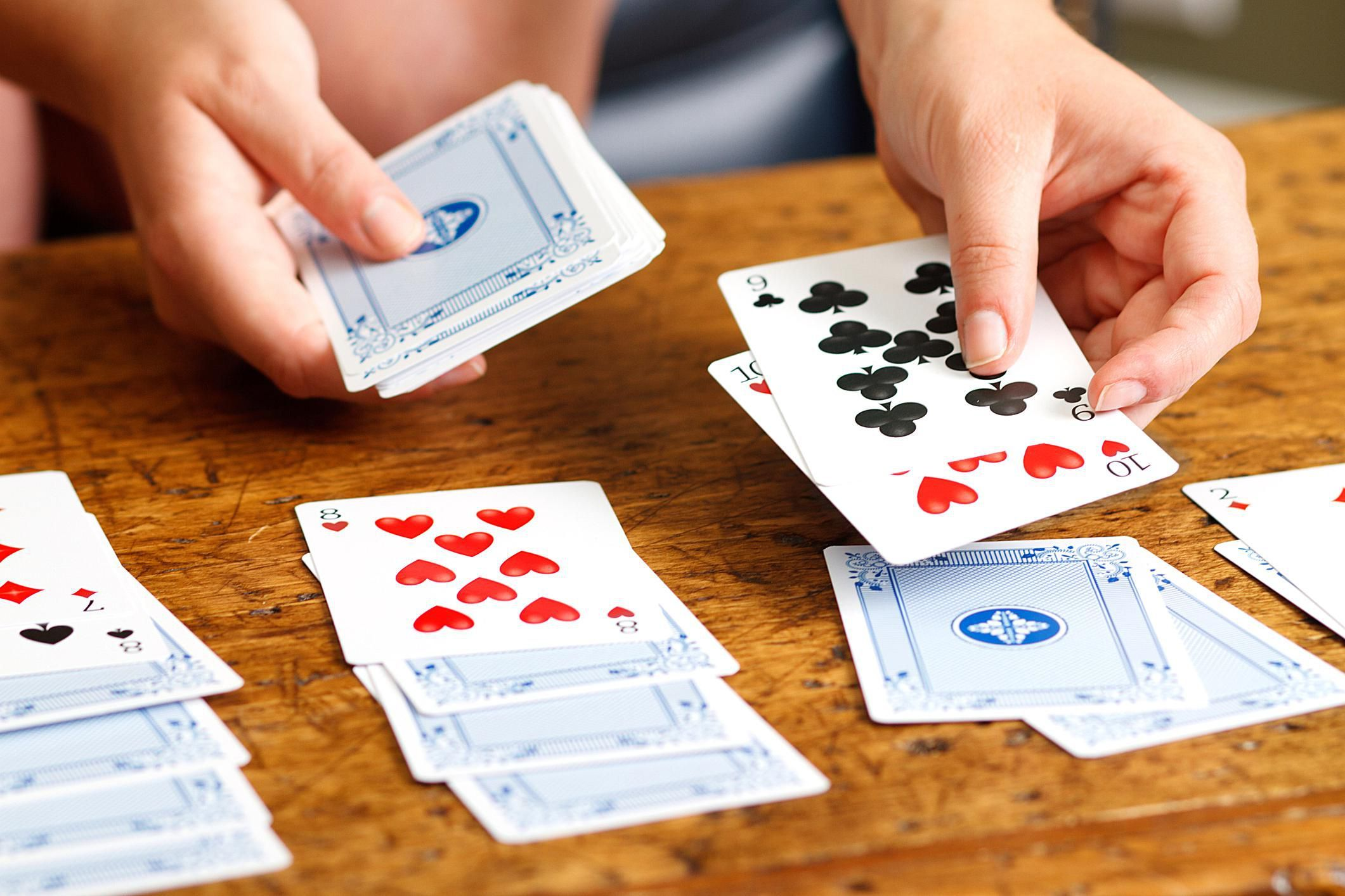 Play These Great Solitaire Card Games Fun Card Games Playing