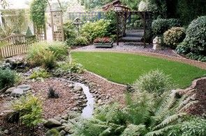 small garden ideas | foddesignphotos.com