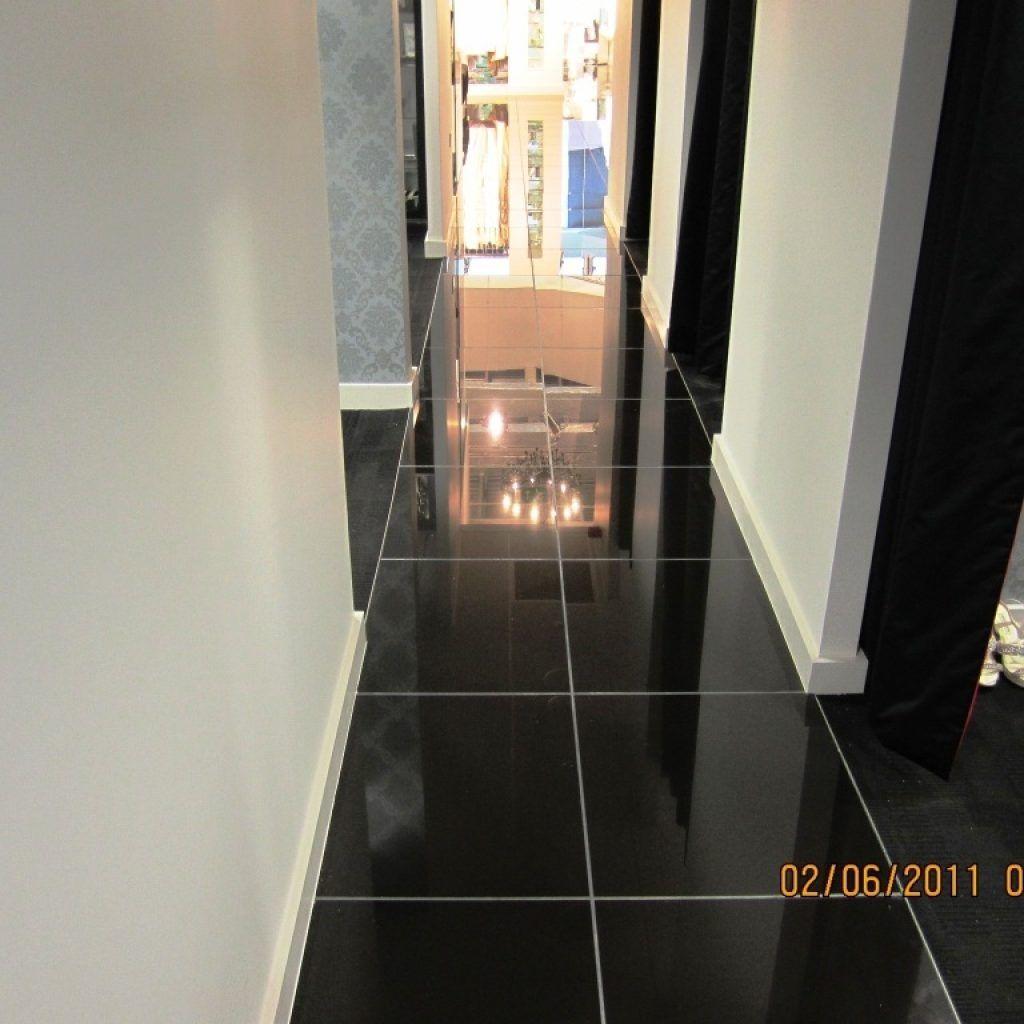 Shiny Black Porcelain Floor Tiles