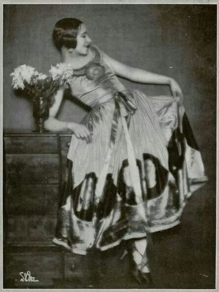 Photo by Mme. Dora, 1927
