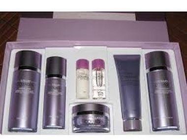 Bộ mỹ phẩm dưỡng Da CELLIO COLLAGEN 5 món Hàn Quốc là một sản phẩm mỹ phẩm hàn quốc xách tay có tính năng chống lão hoá da bằng tinh chất collagen