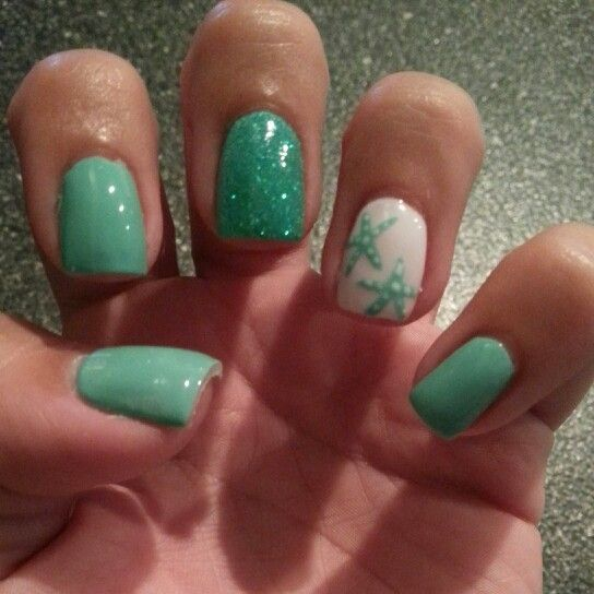 Starfish nails - doin this for the expansion! Luv it! - ✰summer Nail Anchor Designs✰ Beach Nails ---I Like The Concept