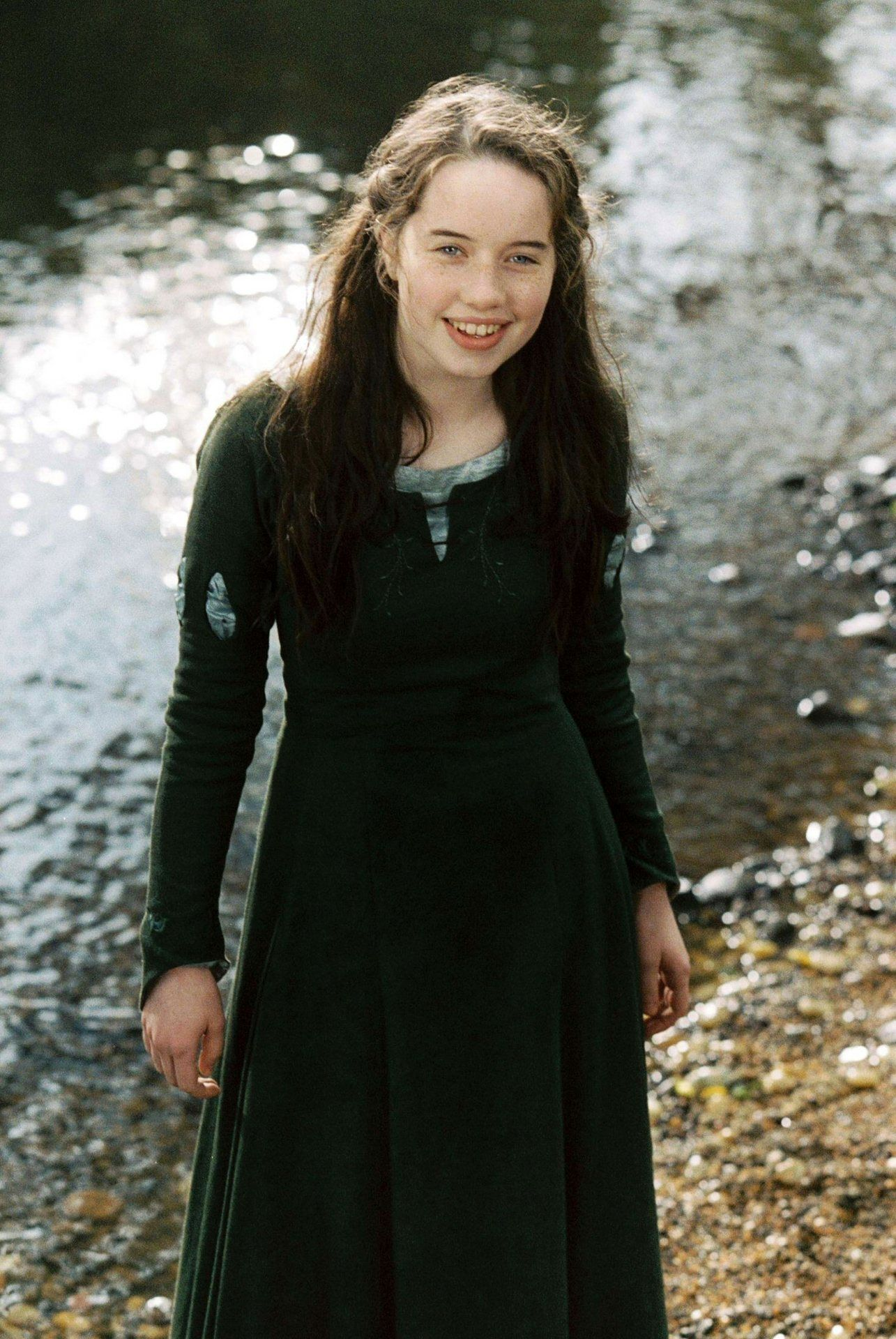 4d2e13a3a55b Anna Popplewell as Susan Pevensie - The Chronicles of Narnia The Lion, The  Witch, and The Wardrobe