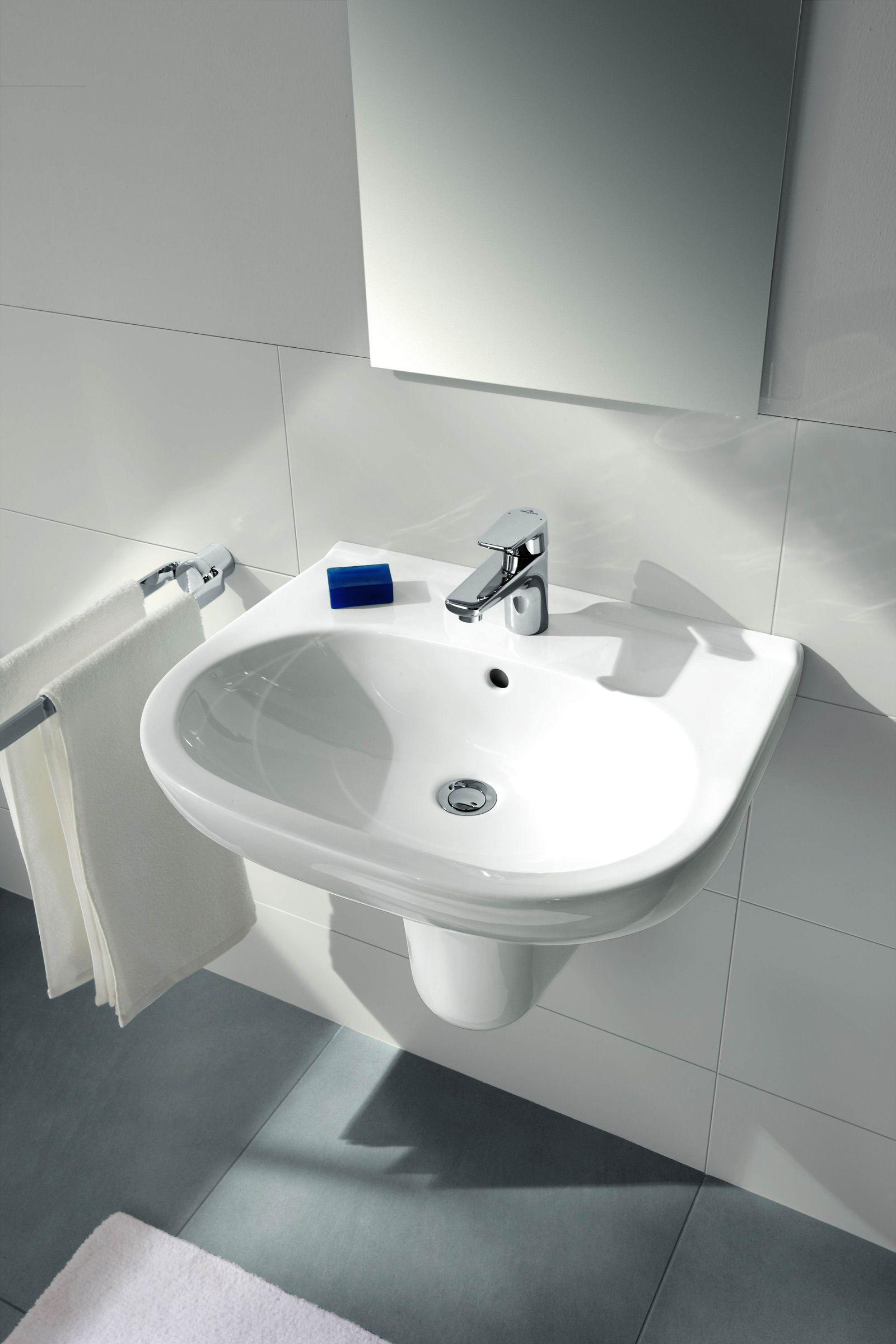 Il Lavabo O.Novo Di Villeroy U0026 Boch è In Ceramica Sanitaria Bianca. Con  Troppopieno, è Predisposto Anche Per Tre Fori. Misura L 65 X P 51 Cm. Prezzo  102 ...