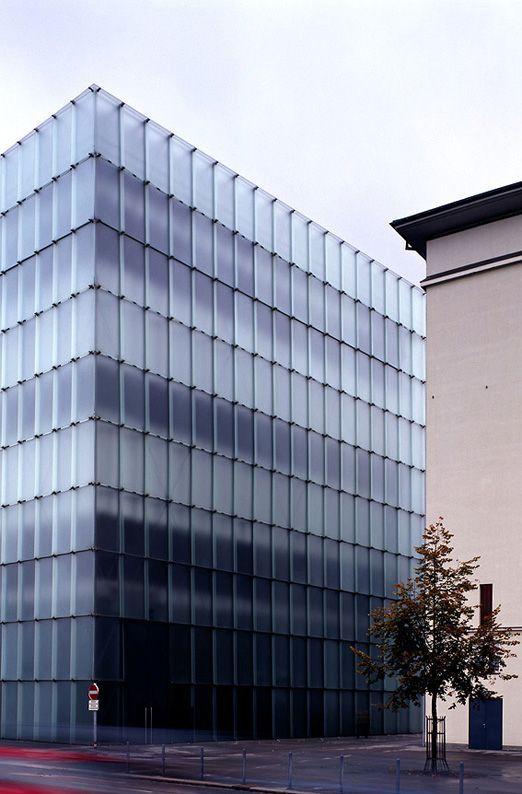 Kunsthaus (Art Museum) Bregenz Austria Zumthor Peter