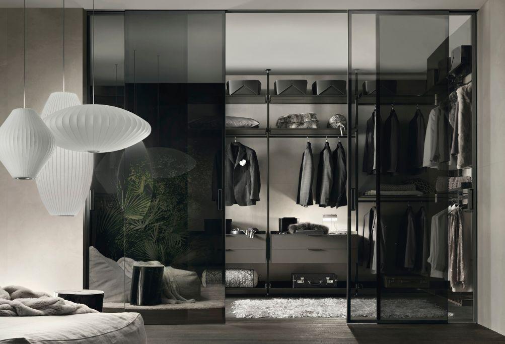 Gunni & Trentino - A travers ses portes transparentes, ce dressing ...