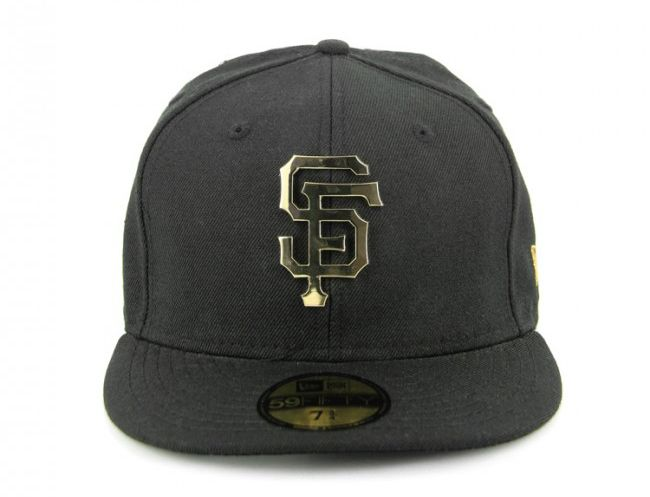 c77b8e4204e326 San Francisco Giants Metal Badge Fashion Gold 59Fifty Fitted Baseball Cap  by NEW ERA x MLB