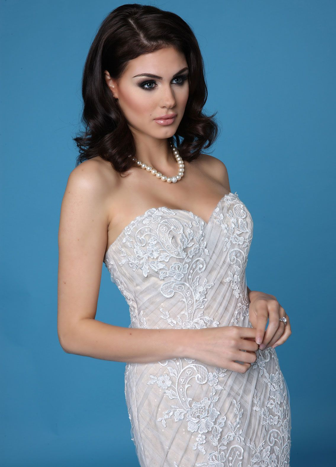 Visit Lovia Bridal Boutique for the best selection of of designer wedding gowns in the Cheshire area. Look no further when searching for that dream dress! Step in to our store of visit us on or web site at www.loviabridal.co.uk Gown 10269 features a #sweetheartneckline bodice and #embroidered #lace flowers on top of a #lattice pattern overlay. #weddingdress