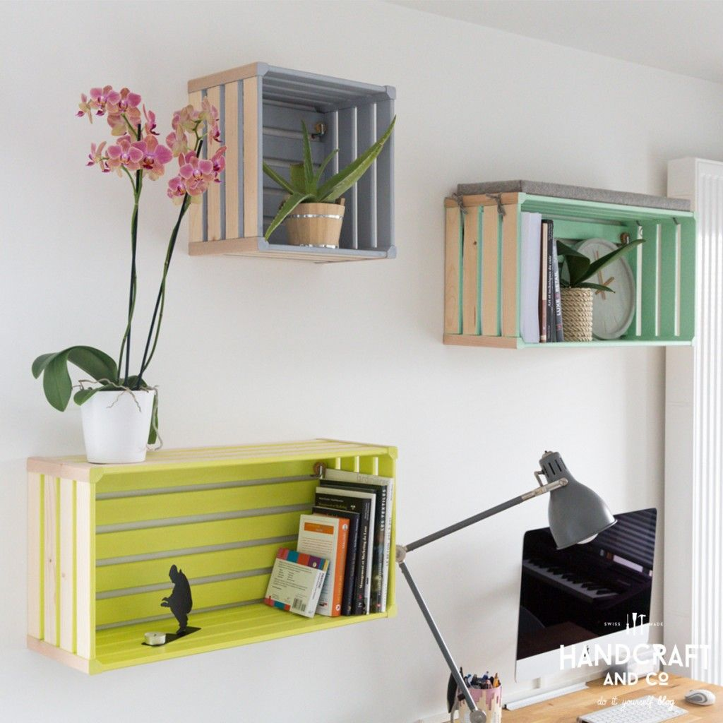 Ordinaire Idee Deco Cagette Bois #10: Trio De Cagettes Colorées Voici Une Idée Sympa Pour Habiller Vos Murs. Je  Ne Voulais Pas Poser De Simples étagères. Il Me Fallait Quelque Chose De  Plus