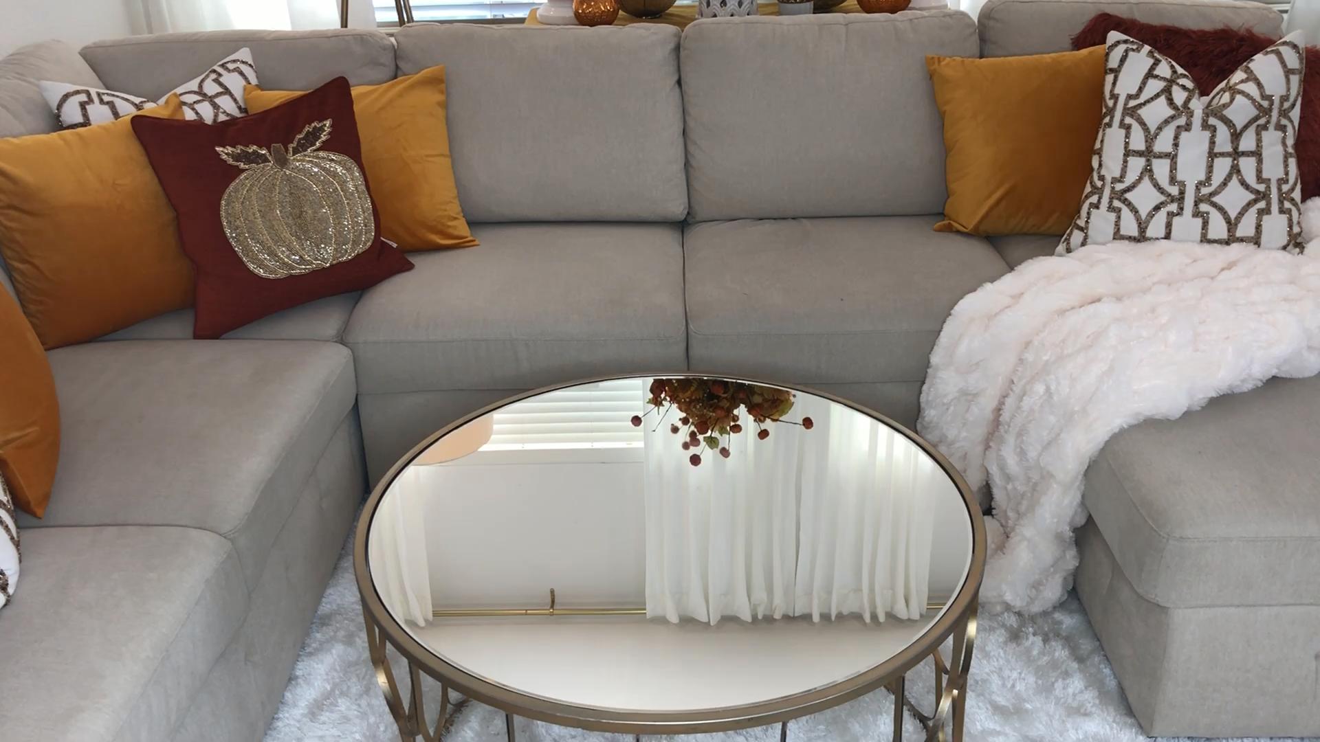 Simple Fall Table Decor And Design Ideas Fall And Autumn Decor Ideas For More Home Decor Fol Fall Home Decor Glam Coffee Table Decor Table Decor Living Room