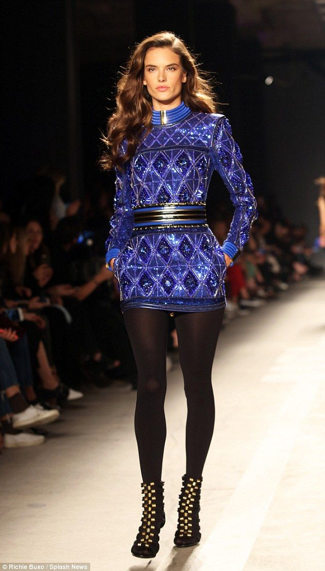 Alessandra Ambrosio wows on the runway for Balmain x H&M ...