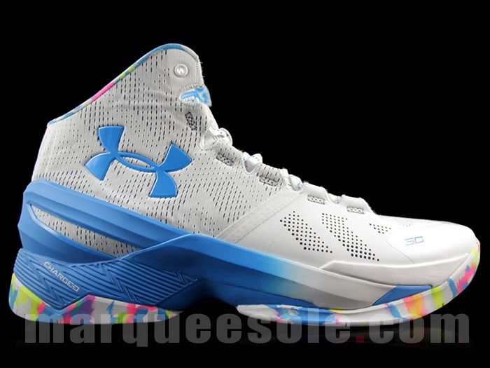 the best attitude 7ccdf 4d11d Basketball With Logo. Under Armour Curry 2