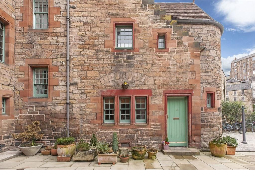 2 Well Court Dean Path Dean Village Eh4 3be Property For Sale