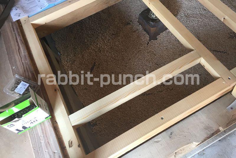 初めての根太張りに挑戦 床下地の強度を考えてdiyする 床下収納