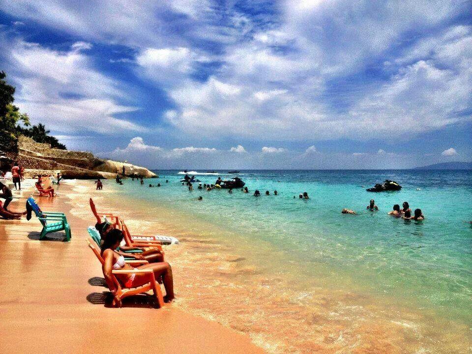 Wahoo Bay Beach Cote Des Arcadins Haiti