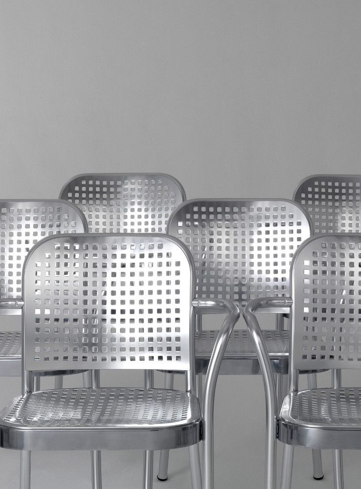 Aluminium chair with armrests silver 2015 by de padova for Mobili italiani design