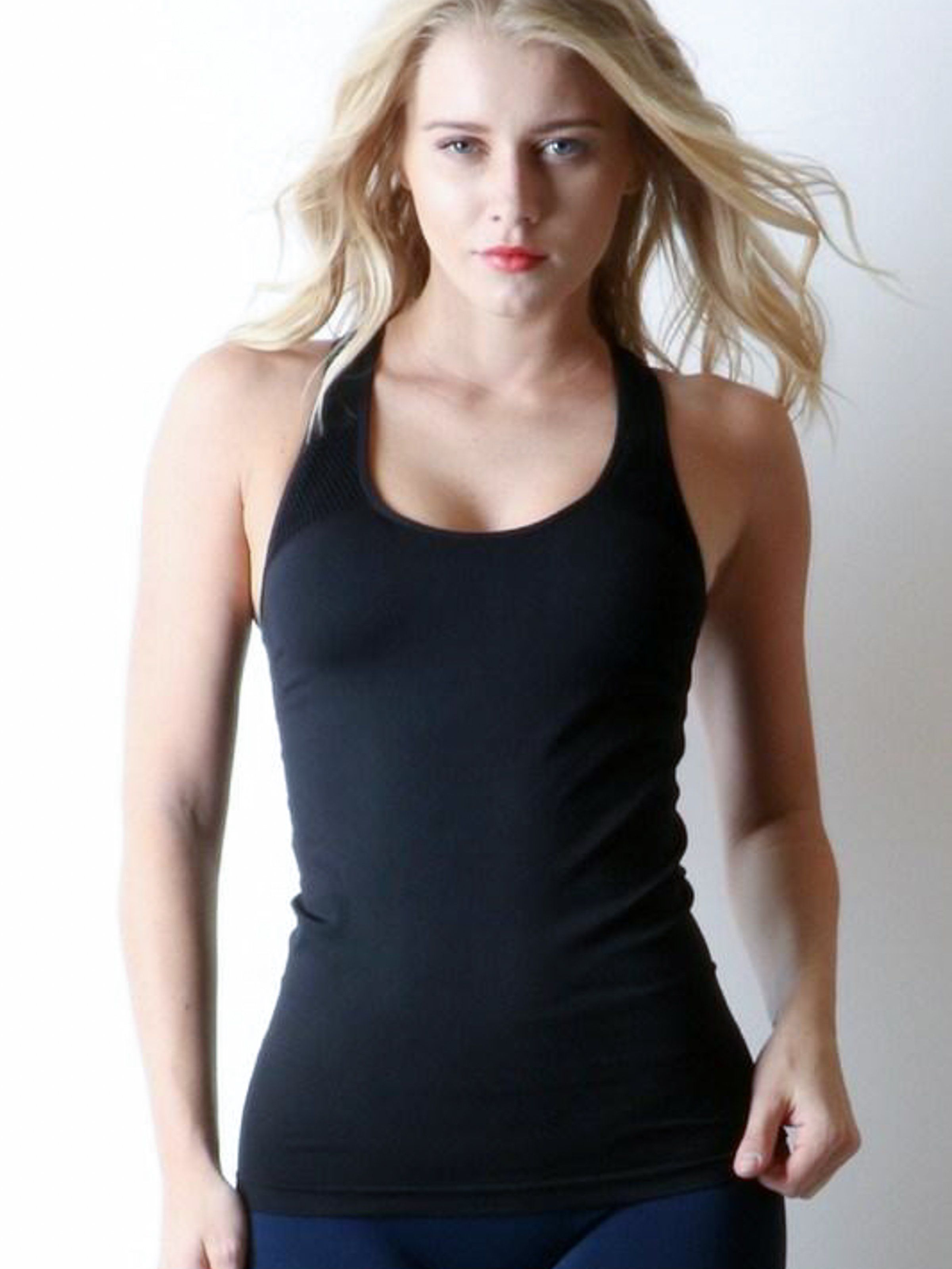 Product Details - Stretchy athletic fabric - Mesh panel ...