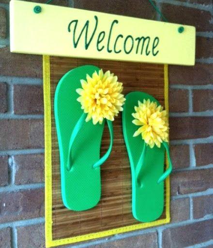 853a88ea385ee9 Make a flip flop welcome sign.  flipflops  beachcrafts