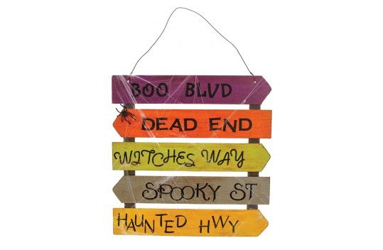 nicole crafts haunted signs pallet halloween