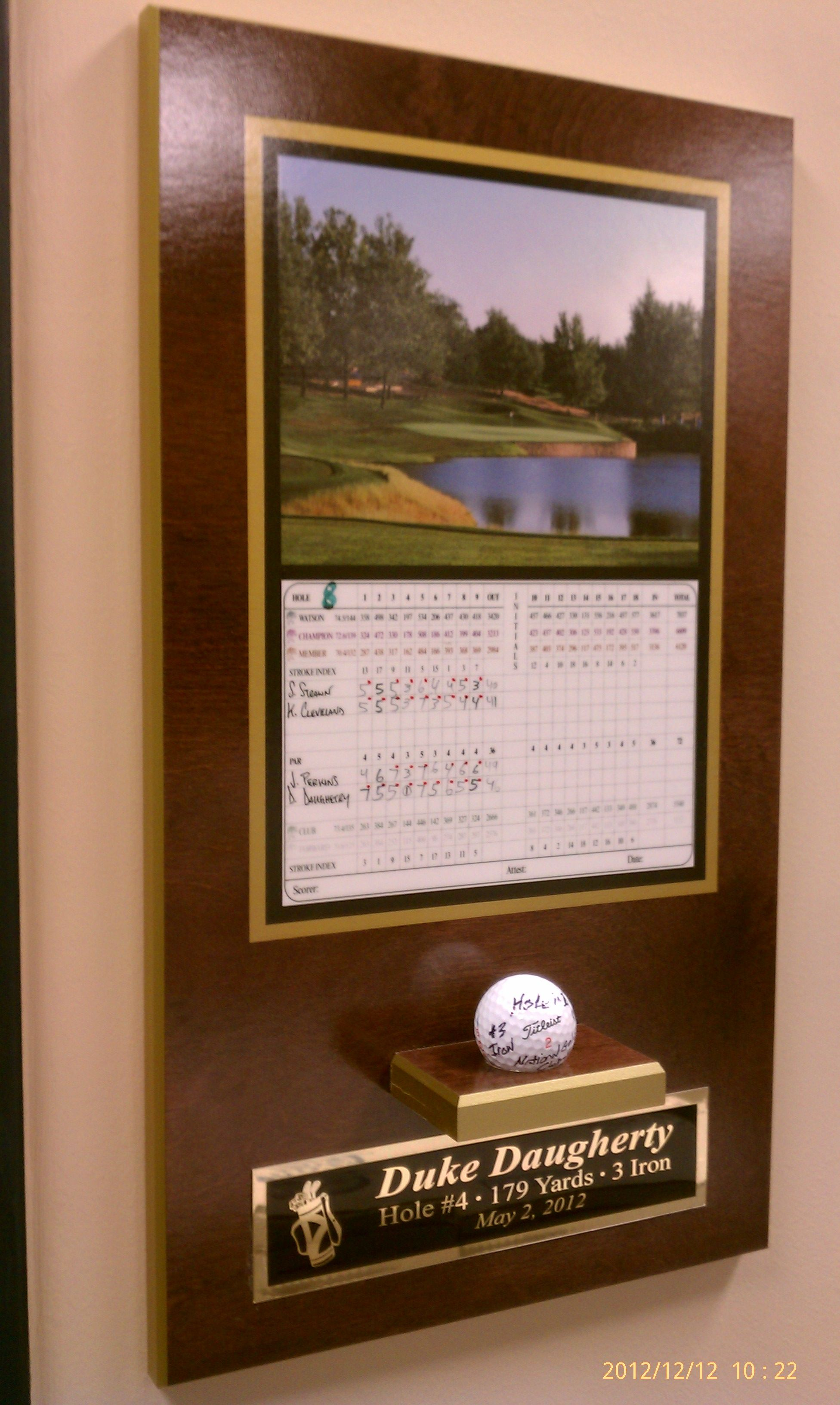 Hole In One Plaque W Scorecard Ball Stand And Custom Engraved Plate Hole In One Plaque Wall Display