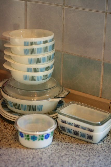 Little dish at the front unknown JAJ pattern · Vintage PyrexVintage GlasswareVintage DishesVintage ... : pyrex dinnerware patterns - pezcame.com