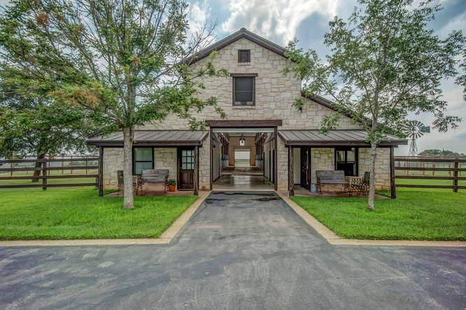 Equestrian Property in Kyle, TX