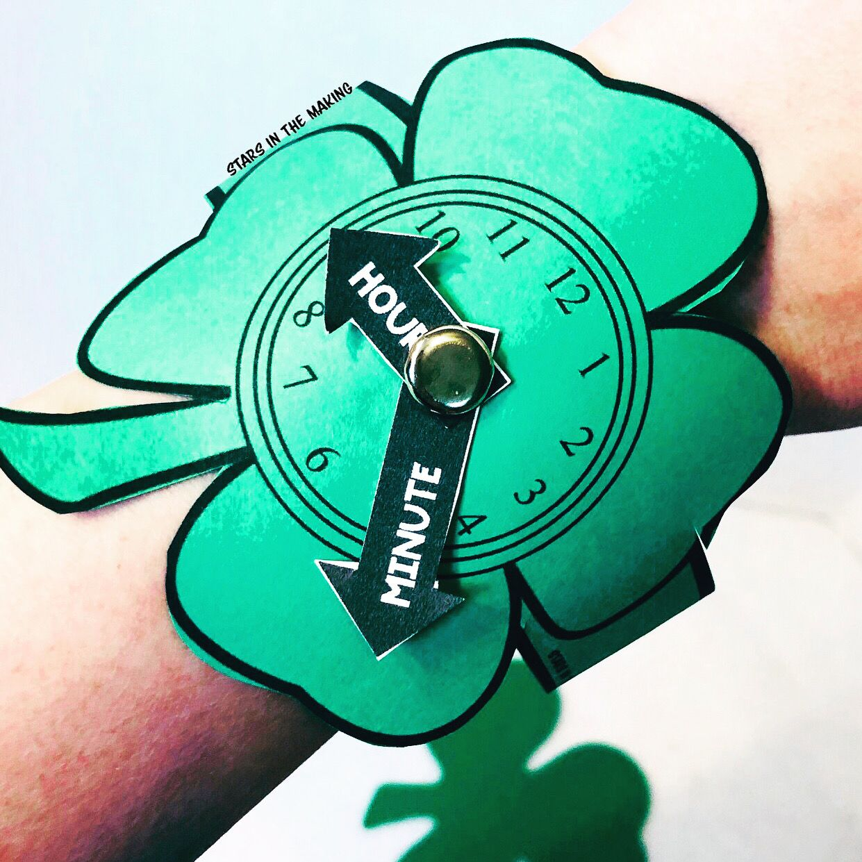 Shamrock Watch With Attachable Hands Telling Time Practice
