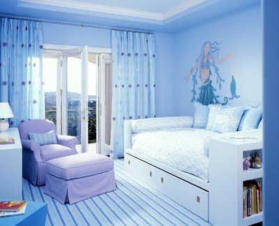 Love The Day Bed Will Have Something Like This Under The Window In Ours Blue Bedroom Design Girls Blue Bedroom Aqua Blue Bedrooms