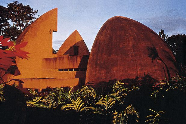 Mityana Pilgrims' Centre Shrine | Uganda, Africa | Architect Justus Dahinden