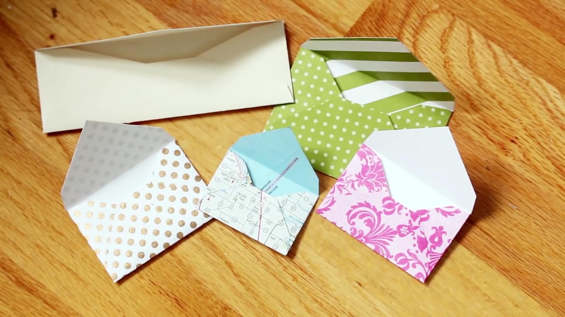 Diy Custom Sized Envelopes Easy Handmade Letter Or Card Envelope Odd Sizes Craft Ideas Card Envelopes Handmade Envelopes Christmas Card Photos Kids
