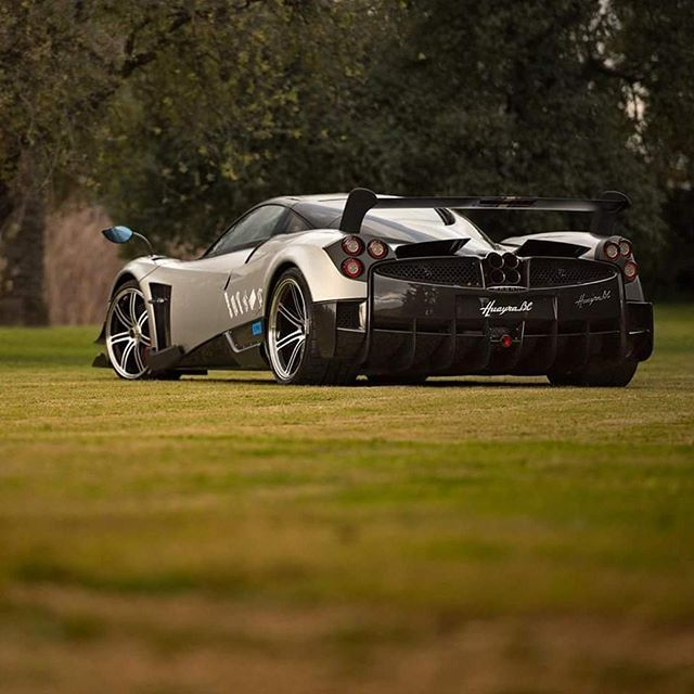 The rear of the new #Pagani #HuayraBC!