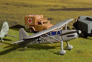 300px-Arado_Ar_76_Model_pic.JPG (300×201)