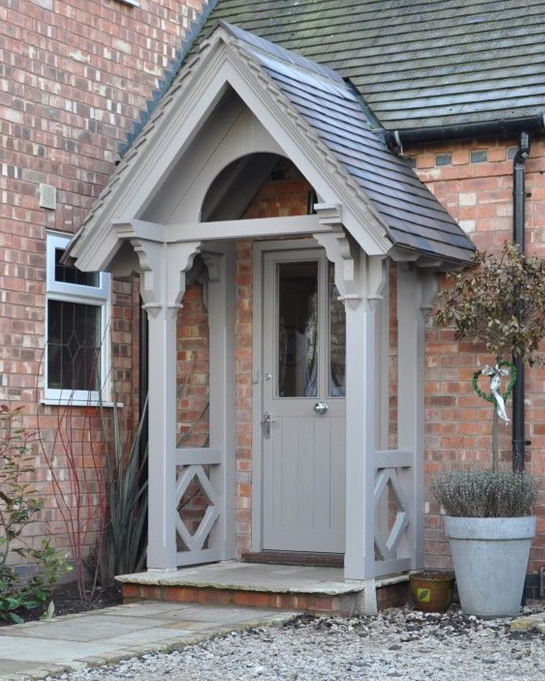 Wooden Front Porch Uk: Lovely Porch Area Credit: The English Porch Company #porch