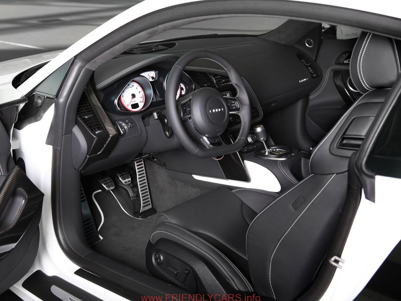 Nice audi r8 interior manual car images hd 2012 audi r8 exclusive selection pictures and price
