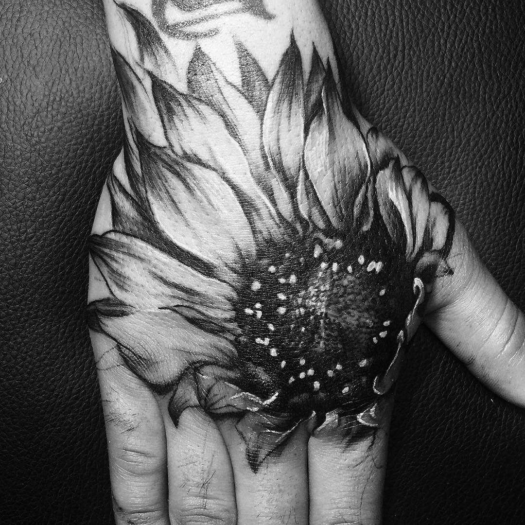 52 Small Sunflower Tattoo Ideas And Images Sunflower Drawing Sunflower Tattoos Sunflower Tattoo Sleeve