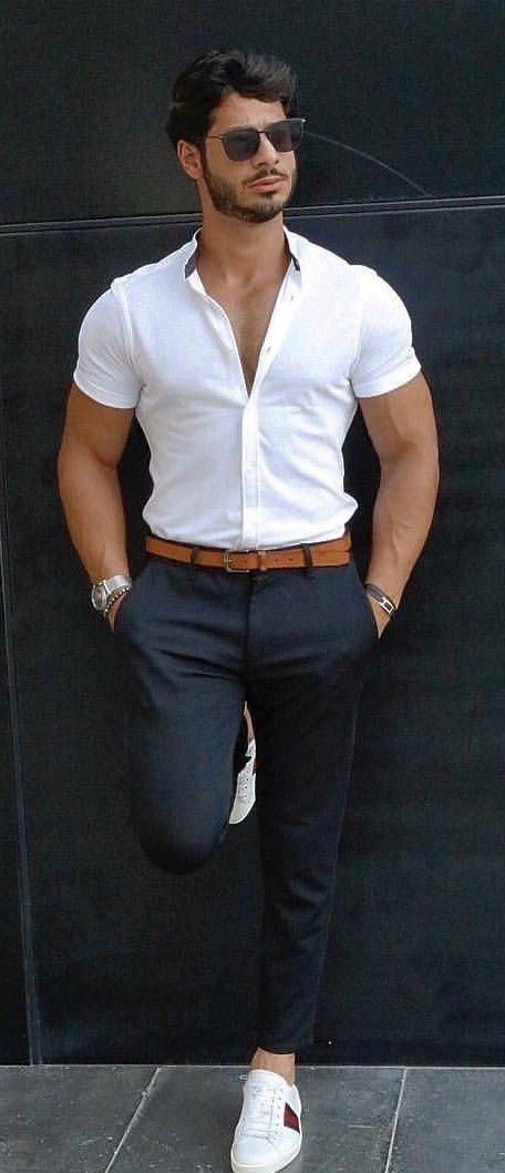 Summer outfit inspiration with a white button up short