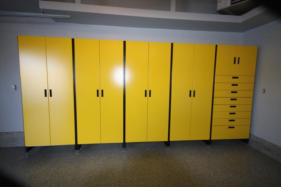 Cabinets By Hayley :: Premium Garage Storage :: HR 24 Gallery