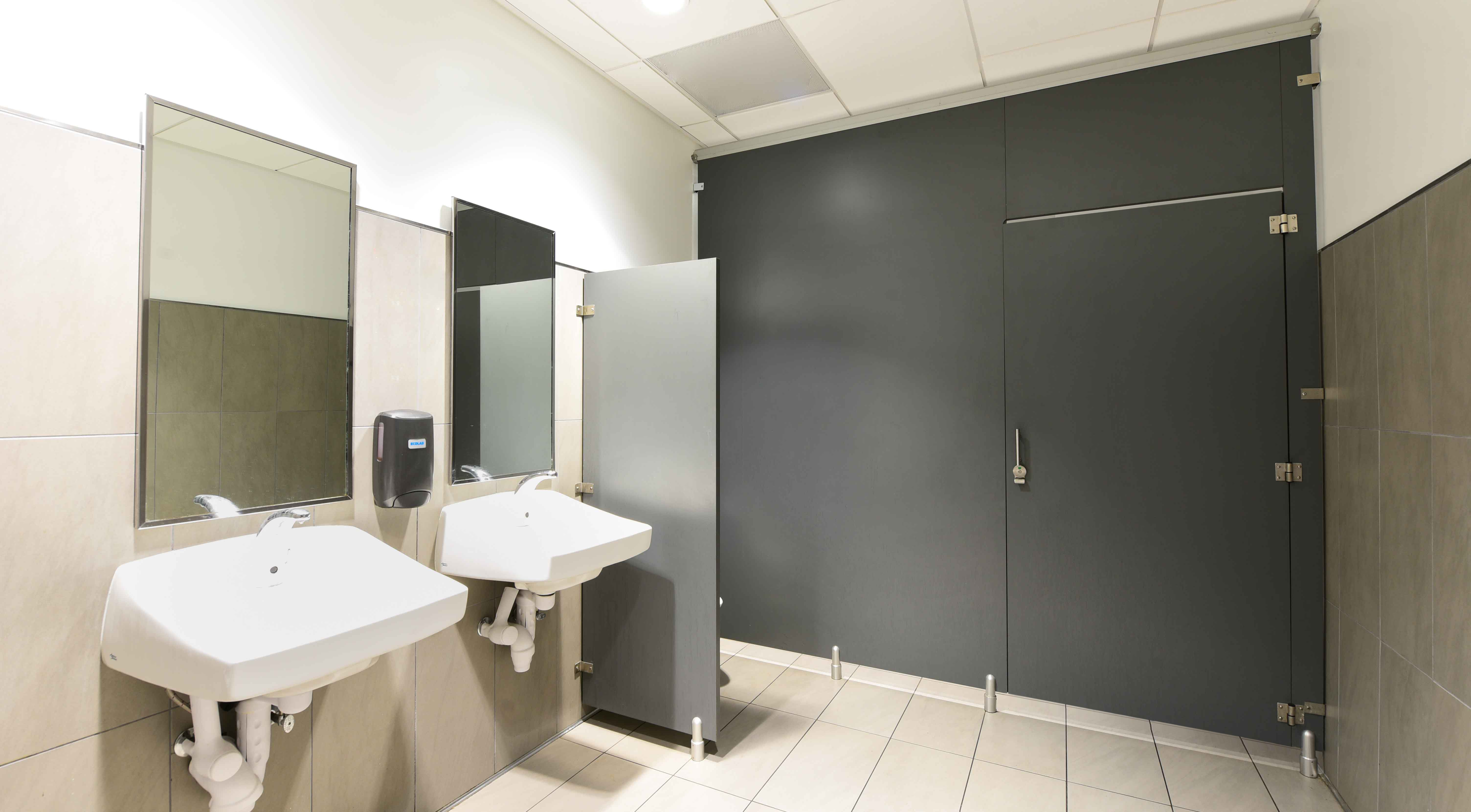 Ironwood Manufacturing Oversized Laminate Toilet Partitions And