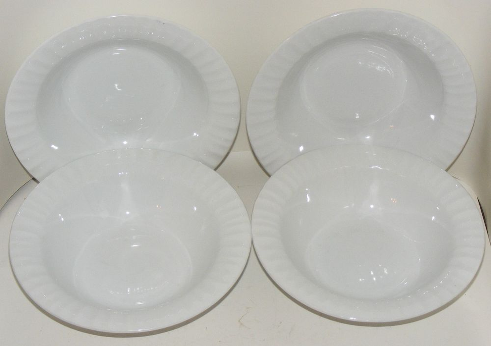 4 Soup/Cereal BOWLS 8  Corning Ware Tableware French White Casual China Fluted # & 4 Soup/Cereal BOWLS 8
