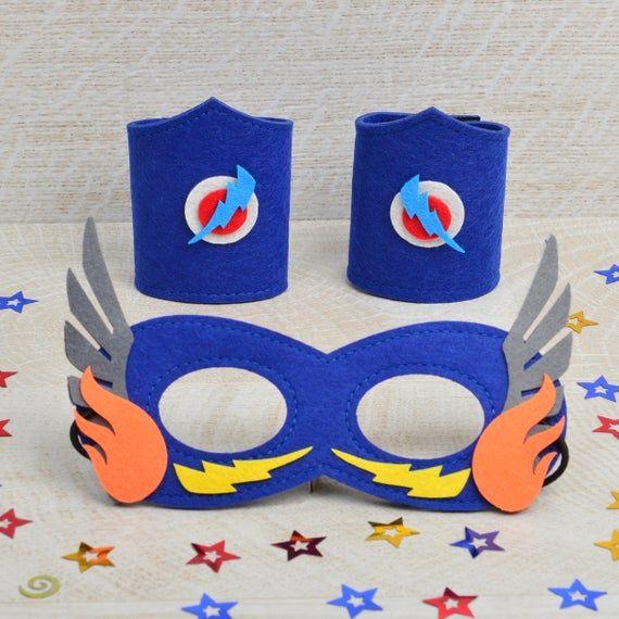 Superhero dress up kit (blue mask & cuffs) - superhero party, superhero craft, superhero birthday, superhero costume, superhero mask #superherocrafts