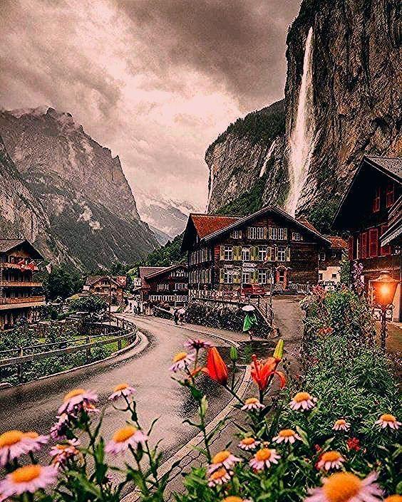 Photo of Lauterbrunnen Valley, Switzerland