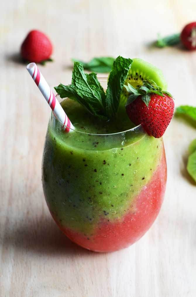Strawberry kiwi frozen mojitos recipe frozen mojito for Easy fruit tea recipe