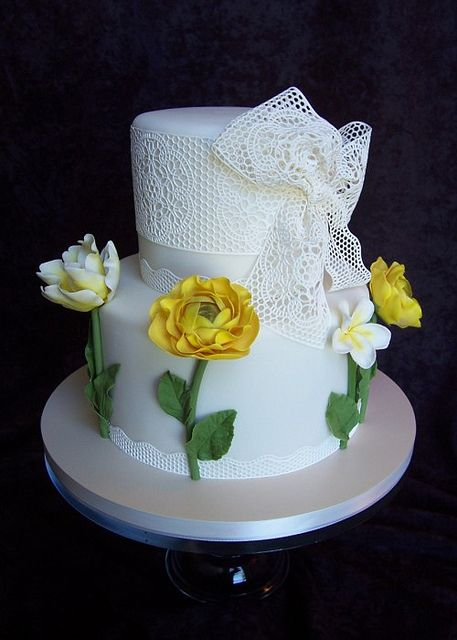 grandmas lace birthday cake Birthday cakes Veil and Sugaring