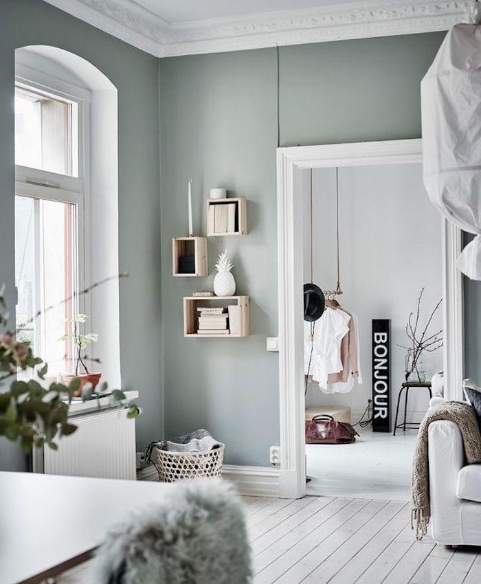 1001 id es d co charmantes pour adopter la nuance vert c ladon d corations pour la maison - Deco salon mur gris ...