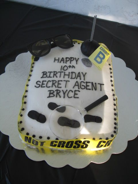 Spy Themed Birthday Cake By Charlene Owens Like The Crime Scene